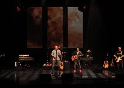 Van Dik Hout Theatertour 2016 / 2017