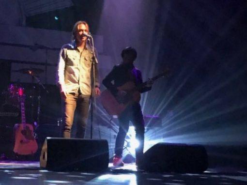 Van Dik Hout Theatertour